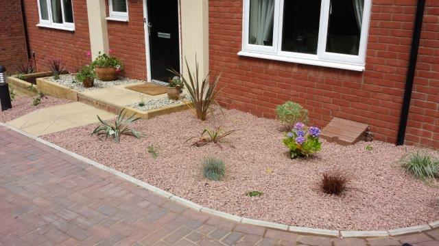 Project web projects for Low maintenance gardens for the elderly